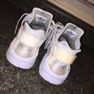 bf750cd45dd6 Nike Shoes - Nike Air Haurache White
